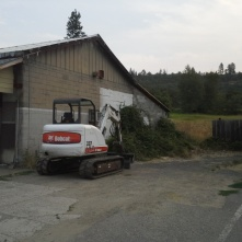 Eagle Point – Abandoned Grocery store debris hauloff, grading, cleanup